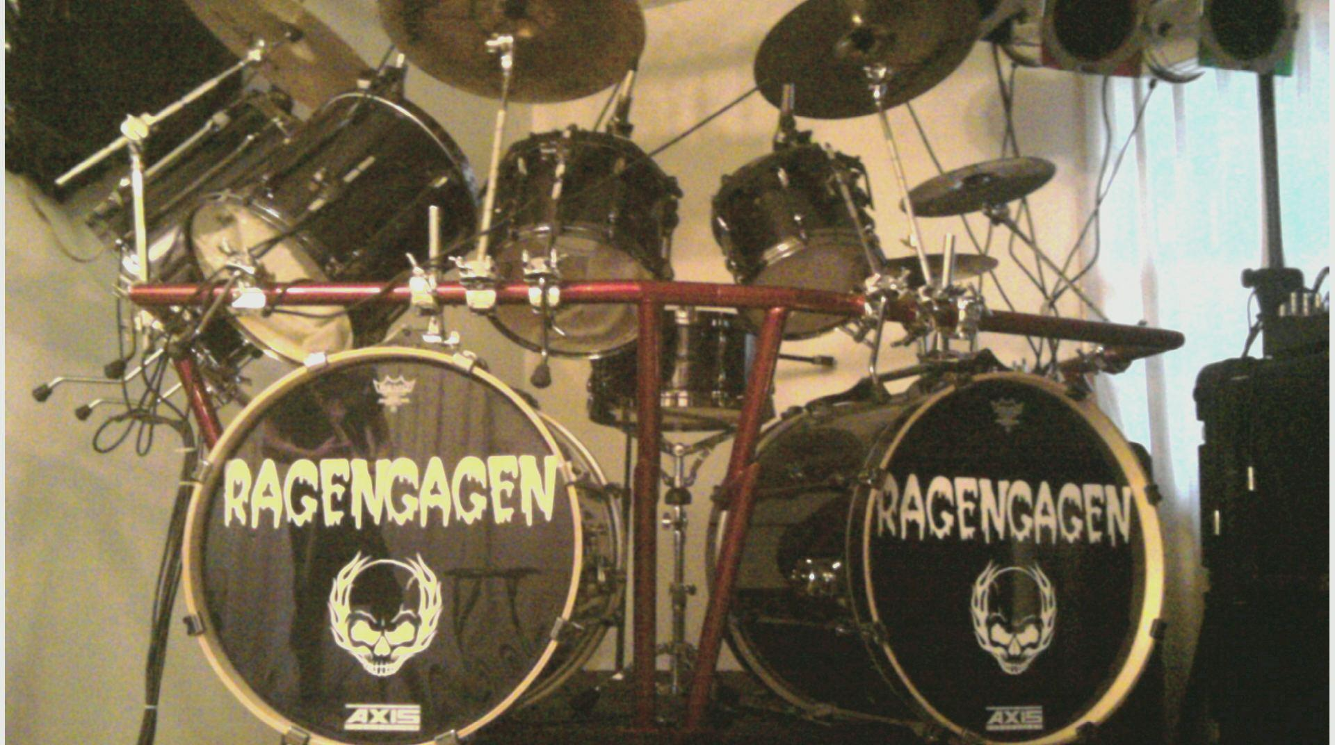 ragen gagen's drum set